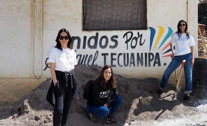 Image of Ana, Olga, Esmeralda Visit